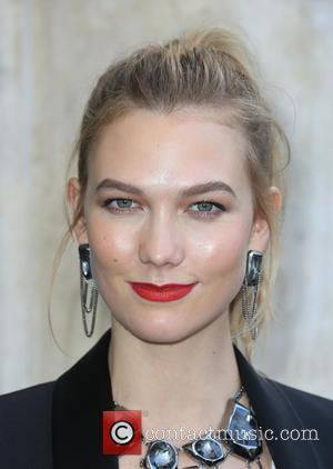 Model Karlie Kloss makes an in-store appearance at the Swarovski Store - Los Angeles, California, United States - Tuesday 25th...