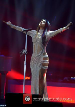 Singer Toni Braxton performs onstage at Hard Rock Live! inside the Hard Rock Hotel & Casino in Hollywood, Florida, United...