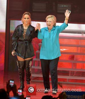 Jennifer Lopez: 'Hillary Clinton Is A Great Mum'