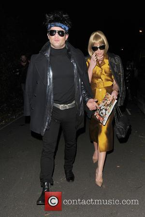 Dermot O'leary and Dee Kopang