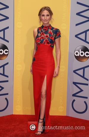 Jennifer Nettles seen arriving at the 50th annual CMA (Country Music Association) Awards held at Music City Center in Nashville,...