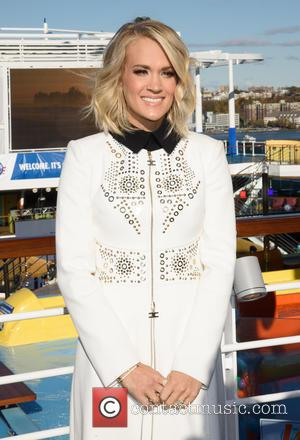 Carrie Underwood Enjoys Skydiving Down Under