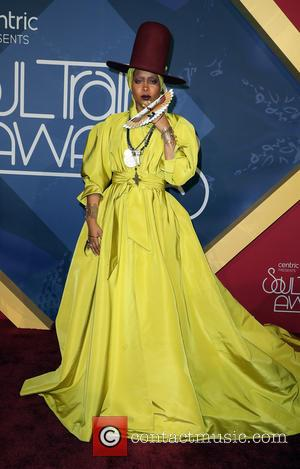 Erykah Badu: '2016 Soul Train Music Awards Is Giant '90s Flashback'
