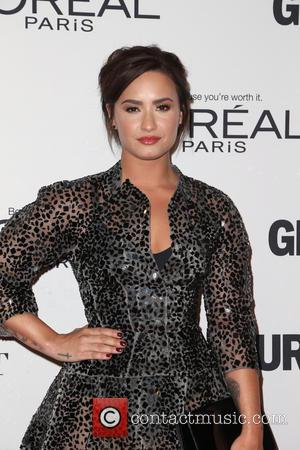 Demi Lovato And New Boyfriend Cosy Up For Cute Instagram Snap