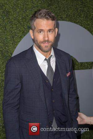 Ryan Reynolds Debuts Kids At Hollywood Walk Of Fame Star Ceremony