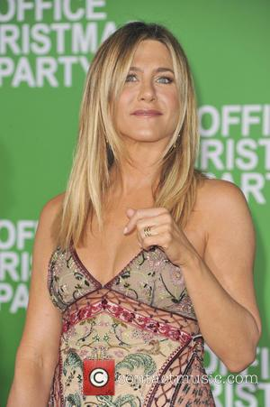 """Jennifer Aniston: """"Office Christmas Party Is Ferris And Jeannie Bueller All Grown Up"""""""