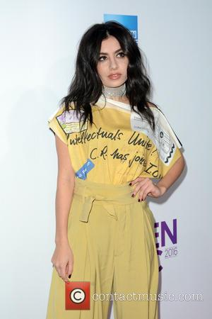 Charli Xcx 'Nearly Vomited' During Live Tv Show