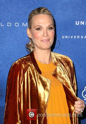 Molly Sims Gives Birth To Third Child