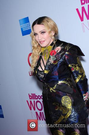 Madonna Defends Her VMAs Tribute To Aretha Franklin After Backlash