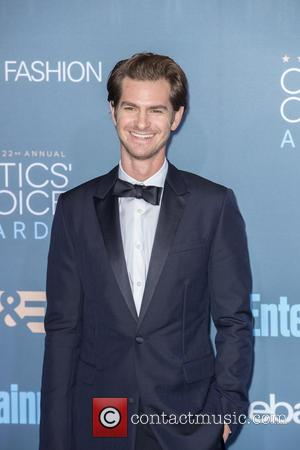 Andrew Garfield Rushed To Mel Gibson's Aid After On-set Fall