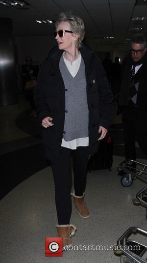 Jane Lynch arrives at LAX airport - Los Angeles, California, United States - Saturday 17th December 2016