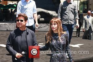 Tom Cruise and Sofia Boutella