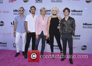 Ross Lynch, Rocky Lynch, Riker Lynch, Rydel Lynch and Ellington Ratliff