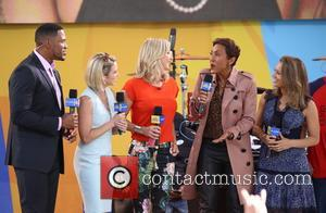 Michael Strahan, Amy Robach, Lara Spencer, Robin Roberts and Sara Haines