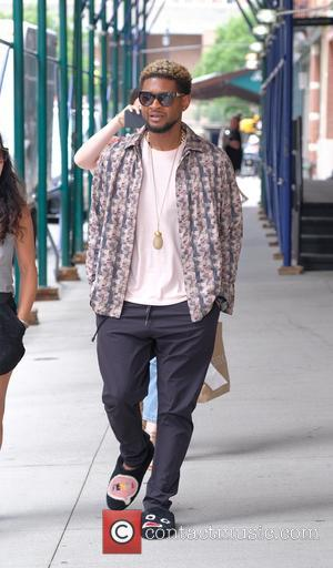 Usher out and about in TriBeCa wearing funny slippers - Manhattan, New York, United States - Wednesday 14th June 2017