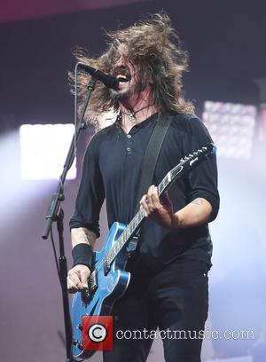 Foo Fighters Turn 'Everlong' Into A Christmas Medley