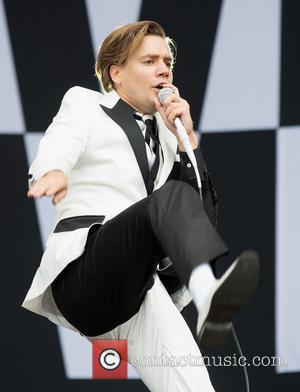 The Hives and Pelle Almvqvis