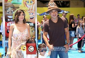 Mario Lopez, Courtney Mazza and Family