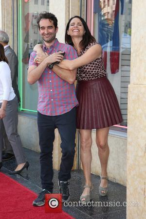 Jay Duplass and Amy Landecker