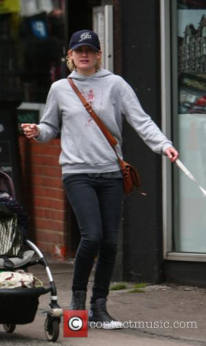 Jodie Whittaker, the next Dr. Who, out near her London home with her daughter. - United Kingdom - Tuesday 22nd...