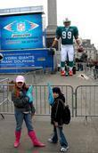 Anamatronic NFL player, The Game, Trafalgar Square, Wembley Stadium