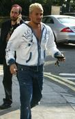 Peter Andre and David Gest shopping at Carluccio's...