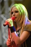 Avril Lavigne picture 1425608