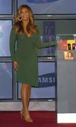 Beyonce Knowles, Samsung announce the launch of the new ' B 'Phone '