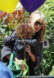 Heidi Klum and her children arrive at a birthday party in Bel Air