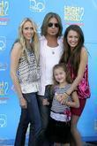Billy Ray Cyrus, Miley Cyrus and family