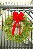 Wreath and White House
