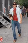 Ashton Kutcher, Cher