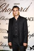 Stuart Townsend and Versace