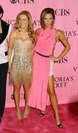 Geri Halliwell, Victoria Beckham, Victorias Secret, Kodak Theatre