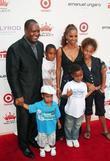 Rodney Peete, Holly Robinson-Peete with children Rodney, Ryan, Robinson and Roman