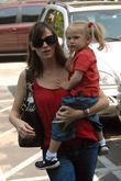 Jennifer Garner and Daughter Violet Affleck Go To The Children's Art Studio In Brentwood