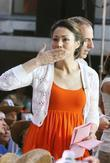 Ann Curry at the Kenny Chesney performance live...