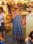 Tori Spelling spends the afternoon shopping with her...