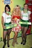 Julianne Hough and Wrigley's girls