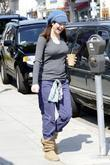 Alyson Hannigan returns to her car after shopping...