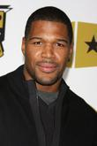 Michael Strahan and VH1