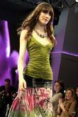 Model wearing a bisou-bisou design