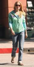 LeAnn Rimes, wearing flip flops and leaving a medical building in Bevelry Hills