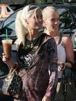 Holly Madison and Kendra Wilkinson