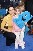 Angie Harmon and Aliens