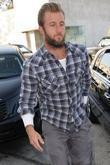 Scott Caan Is Followed By Photographers As He Visits A Building On Melrose Avenue