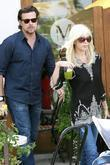 Tori Spelling and Dean McDermott leaving after having lunch at a Santa Monica restaurant