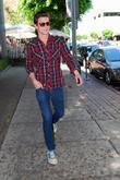 'the Secret Life Of The American Teenager' Star Daren Kagasoff Is Rad In Plaid As While Out