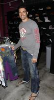 Gilles Marini shopping at Ed Hardy in Culver City