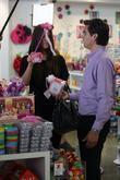Khloe Kardashian shopping with her sister